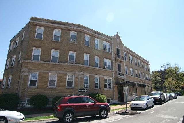 ... University City MO Loop Apartments For Rent